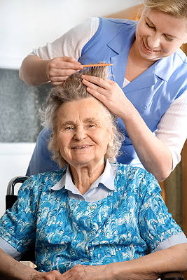 Home Care Aide Grooming Elderly Miami woman